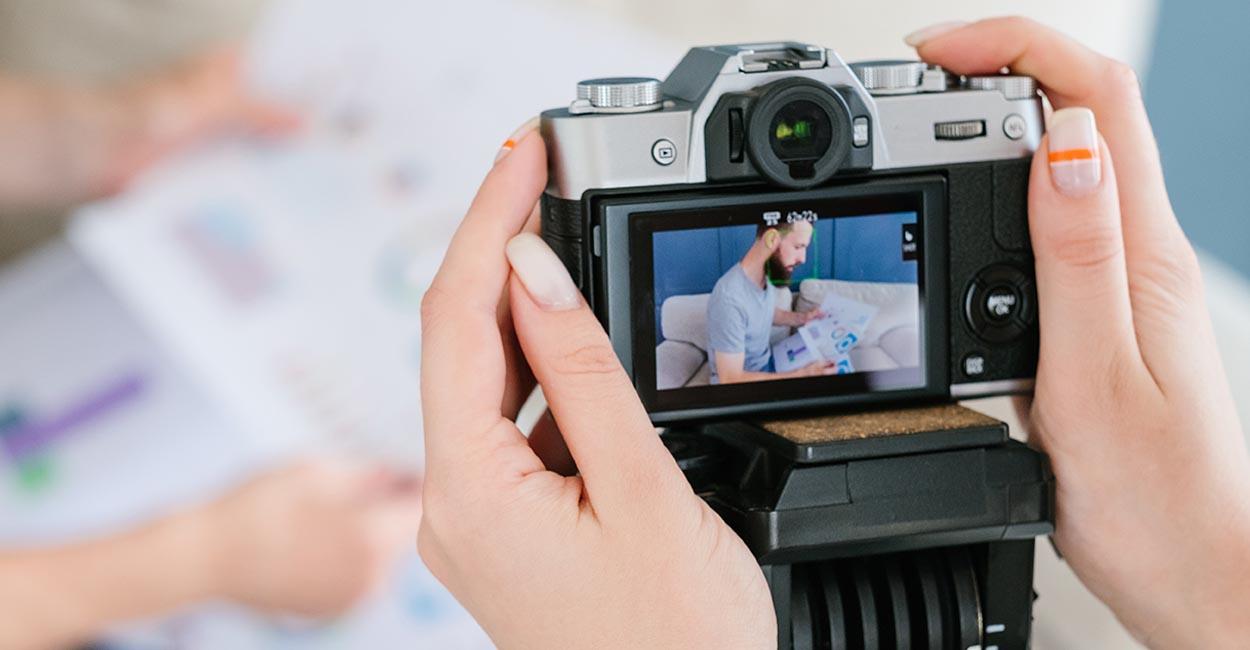 servizio fotografico liberi professionisti, ripresa in camera pronta per lo scatto