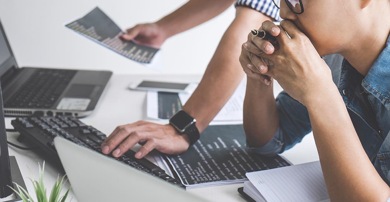 realizzare sito web aziendale, consulente riflette su come agire